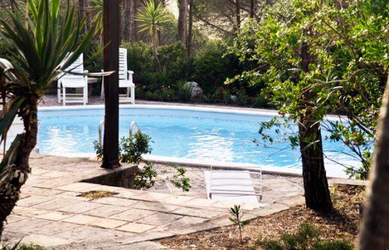 Mindre pool-villa med dejlig have ved Middelhavet, Narbolia, Oristano