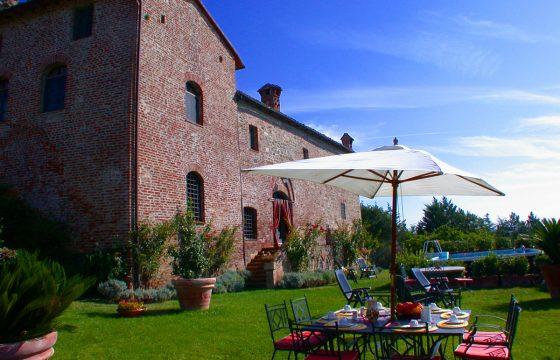 Sværdet i stenen, San Galgano – privat villa syd for Siena