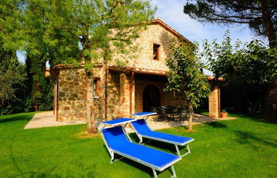 Villa Cipresso – villa på agriturismo ved Trasimenosøen, Umbrien