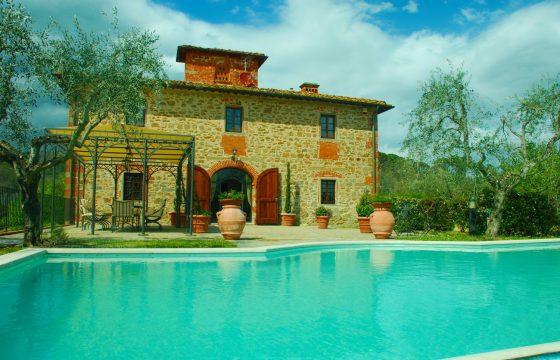 Villa Margherita – privat, rustik og elegant villa i Toscana