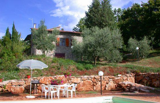 Stenhus i Toscana mellem Siena og Colle di Val d'Elsa