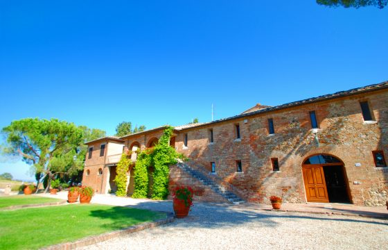Stor villa v. Monteroni D'arbia mellem Siena og Montalcino