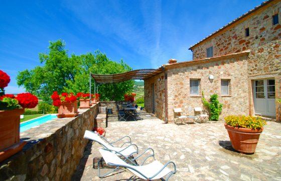 Villa i Montalcino –  midt i en Brunello-mark
