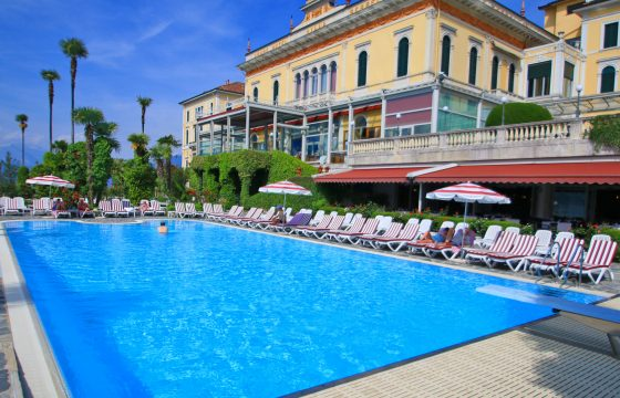 Residence L'Ulivo v. Grand Hotel Villa Serbelloni, Bellagio, Comosøen