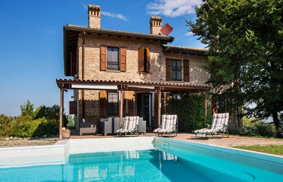 Privat villa med pool ved Tabiano Castello, Salsomaggiore Terme og Fidenza Outlet, Parma
