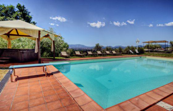 Casa Il Gobbo, Lucca – privat villa med pool i olivenlund
