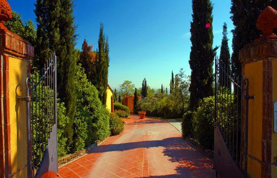 Swimmingpool og tennisbane – agriturismo La Valle, Montaione