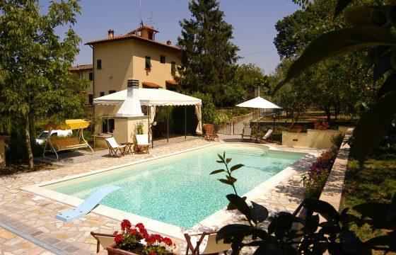 Villa v. Firenze, Toscana med eksklusivt pool-område