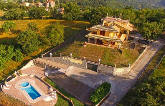 Orvieto og Viterbo: Luksusvilla m. aircondition v. Montefiascone med udsigt over Bolsena