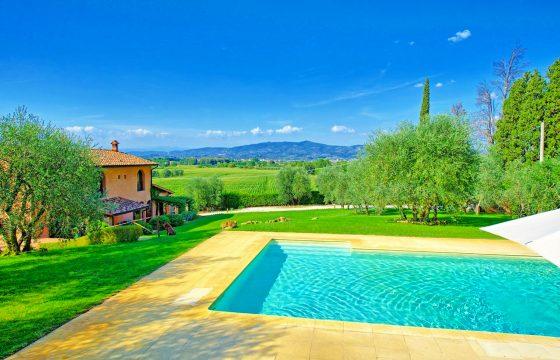Empoli, Firenze: privat luksusvilla i Toscana med pool og air condition