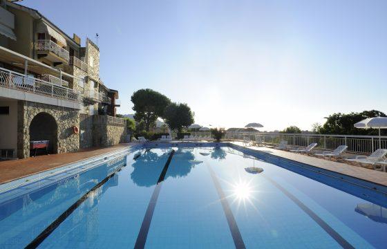 Borgo della Rovere: Moderne lejligheder ved Middelhavet