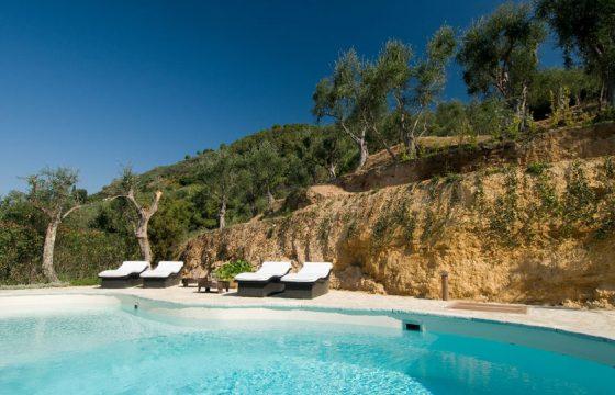 Villa med pool v. Middelhavet mellem Forte dei Marmi og Pietrasanta