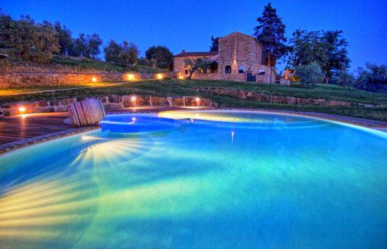 Privat villa med pool og air condition ved Chianti Classico-vingård i Poggibonsi