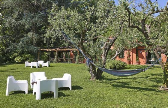 Lucca: Romantisk landlig idyl i villa med delt pool og stor have