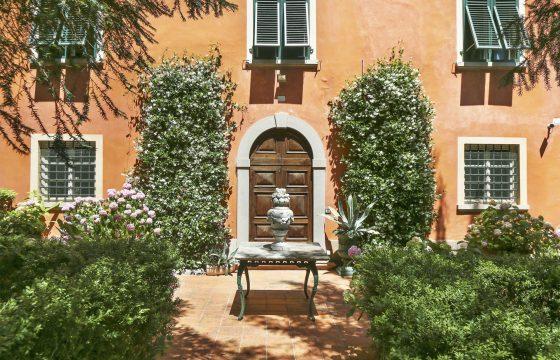 Romantiske lejligheder med pool i historisk bygning ved Lucca