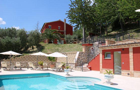 Cantina dei Monti, Monte Rinaldo, Ferme – villa på vingård i Marche