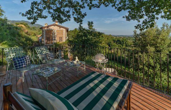Eksklusiv villa med fantastisk beliggenhed ved Lucca